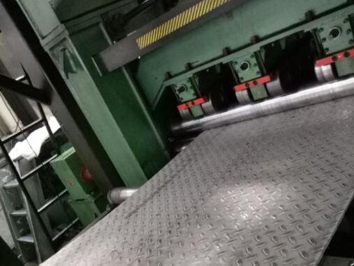 不锈钢装饰板加工需要注意什么?