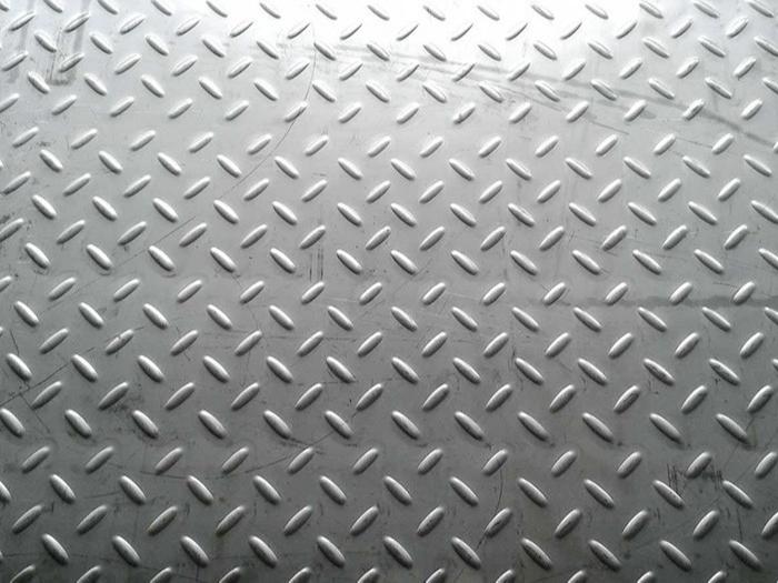 不锈钢材料出现生锈现象的原因是什么?